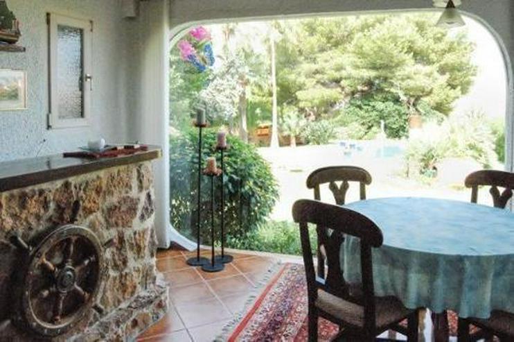 Bild 3: Wunderschöne Villa nach Entwurf eines Künstlers