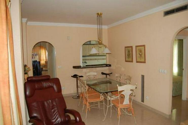 Bild 9: Appartement mit Gemeinschaftspool