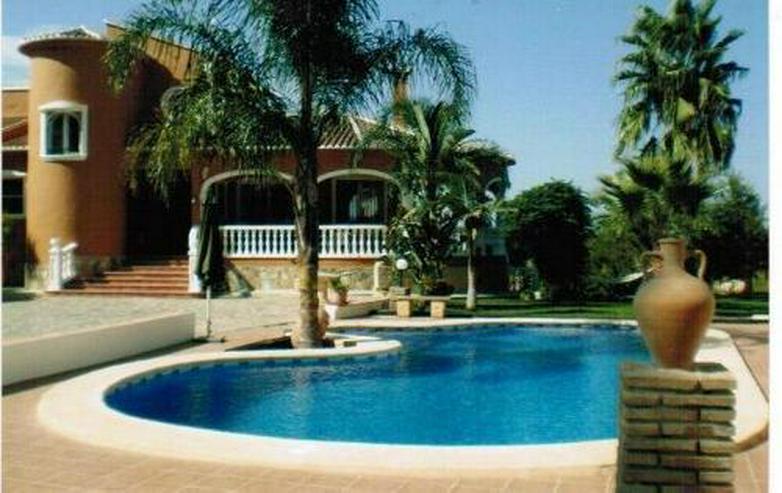 Luxuriöse Villa in Las Marinas - Haus kaufen - Bild 1