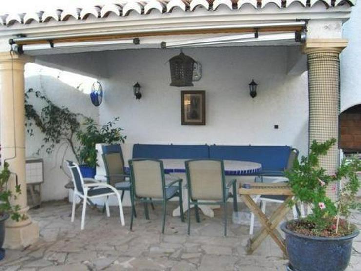 Bild 4: Villa mit wunderschönem Garten und Privatpool
