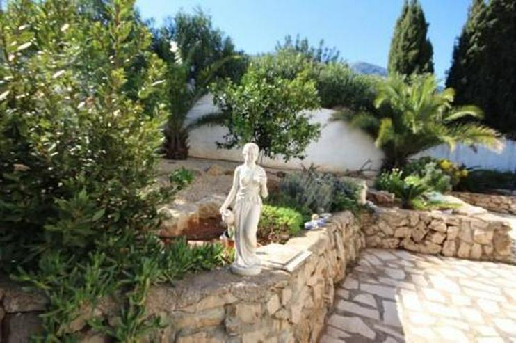 Bild 2: Stadtnahe Villa mit Aussichtsterrasse