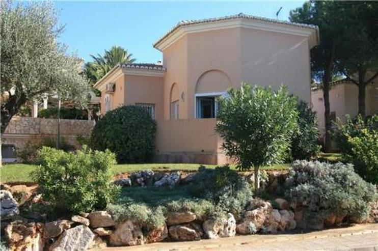 Gemütliche Villa mit Montgo-Blick in der schönsten Wohnanlage Denias - Haus kaufen - Bild 1