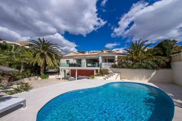 Atemberaubende Villa mit einmaligem Küsten- und Meerblick - Bild 1