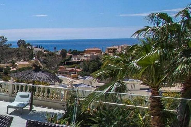 Bild 2: Atemberaubende Villa mit einmaligem Küsten- und Meerblick