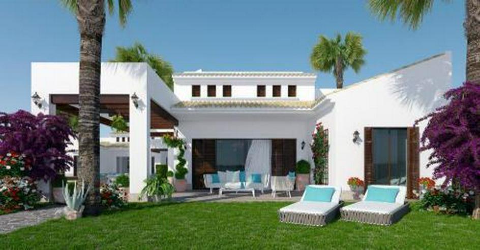 4-Zimmer-Villen in traditionellem Stil mit Gemeinschaftspool in einer Golfanlage - Haus kaufen - Bild 1