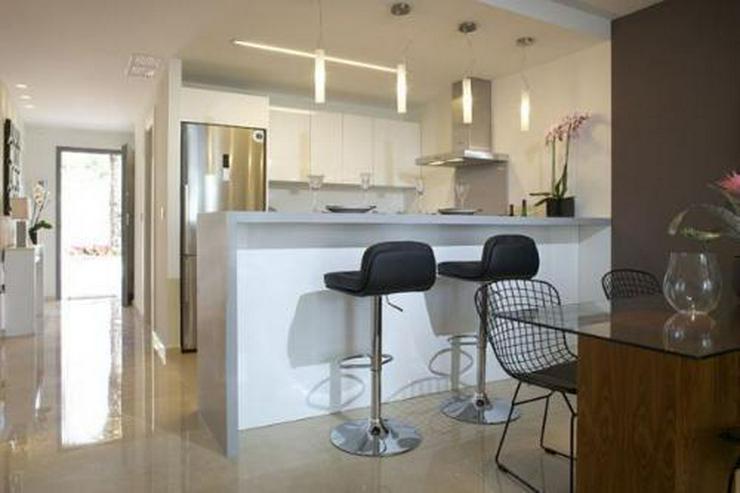 Exklusive 3-Zimmer-Wohnungen in wunderschöner Anlage am Strand - Auslandsimmobilien - Bild 6