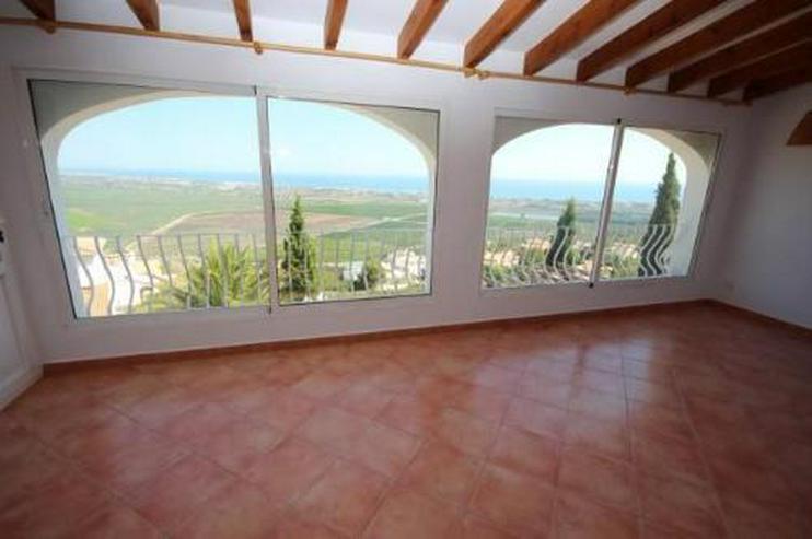 Bild 7: Großzügige Villa am Monte Pego mit Panoramablick auf Meer, Berge und die Reisfelder