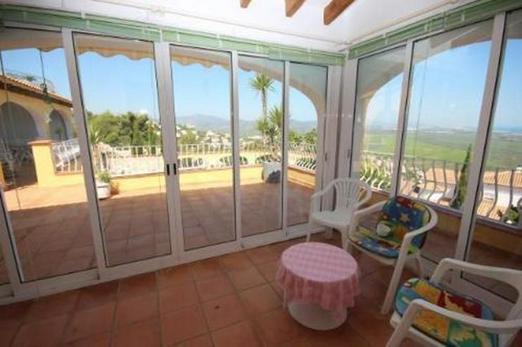 Großzügige Villa am Monte Pego mit Panoramablick auf Meer, Berge und die Reisfelder - Haus kaufen - Bild 10