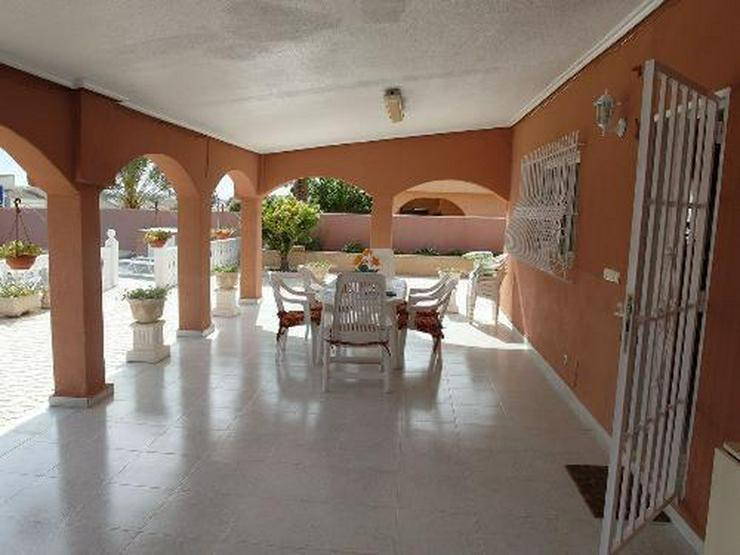 Bild 4: Wunderschöne Villa mit Pool, Garage und Gästehaus
