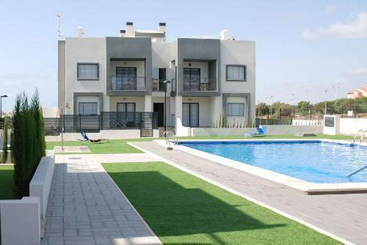 Moderne Penthouse-Wohnungen nur 600 m vom Strand