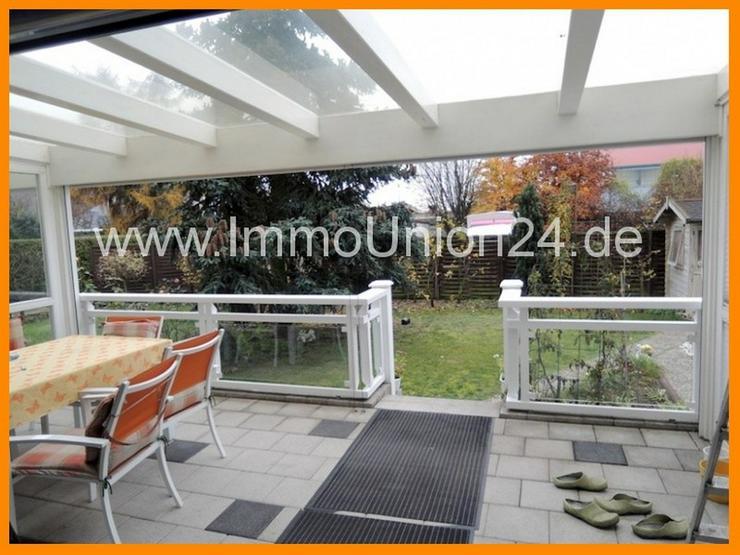Bild 2: EIN- bis ZWEI- Fam.-HAUS auf 2 3 3 qm + WINTERGARTEN + Spielgarten + 40 qm Wohnzimmer inkl...