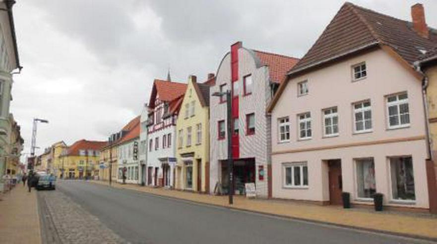 Bild 3: 2 - ZIMMERWOHNUNG - BÜTZOW - STADTZENTRUM