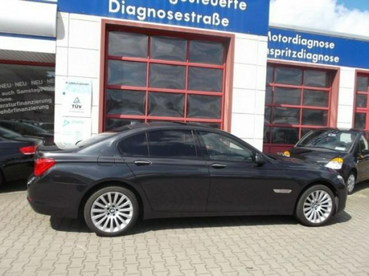 Bild 13: BMW 730d-49 TKM-Glasdach-Shadow Line-Dakota schwarz