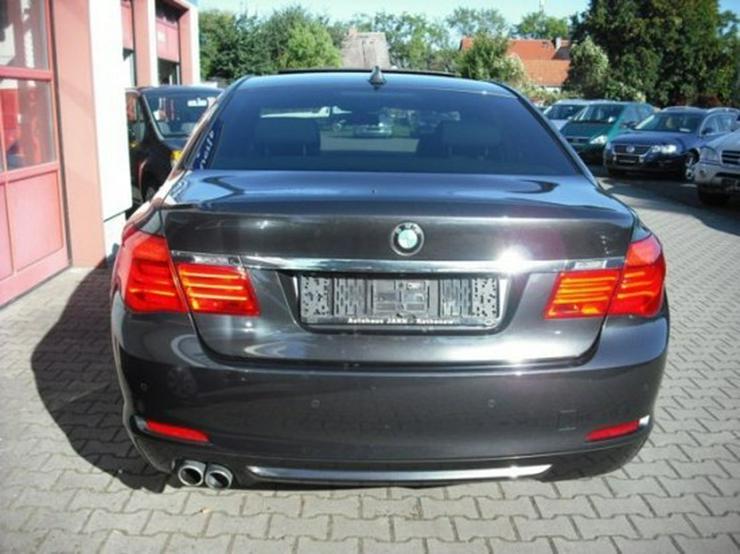 Bild 15: BMW 730d-49 TKM-Glasdach-Shadow Line-Dakota schwarz