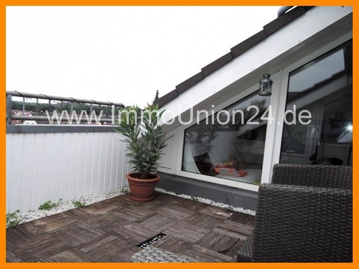 Bild 3: 8 8 qm DACH- TERRASSEN Wohnung + panoramaverglastes Wohnzimmer + LAMINAT + GARAGE + SOFORT...