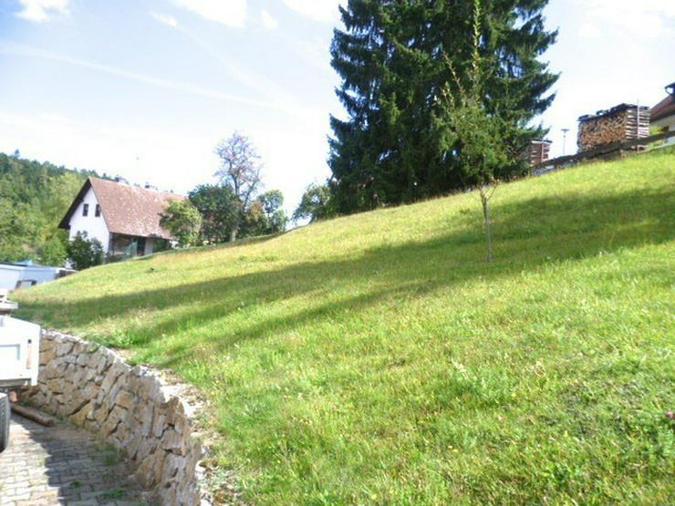 Erschlossenes Grundstück für Mehrfamilienhaus mit Fernsicht - Grundstück kaufen - Bild 2