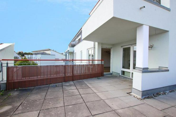 Bild 6: Frei ab sofort! Zentrale Maisonette-Wohnung mit Dachterrasse, 2 Balkonen, TG-Stellplatz - ...
