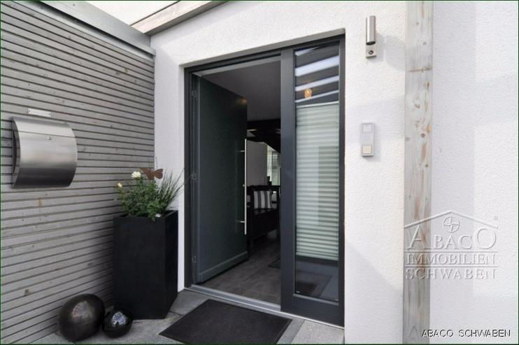 Besonderheit verdient Aufmerksamkeit! Neuwertiger, eleganter und großzügiger Cubus - Haus kaufen - Bild 1