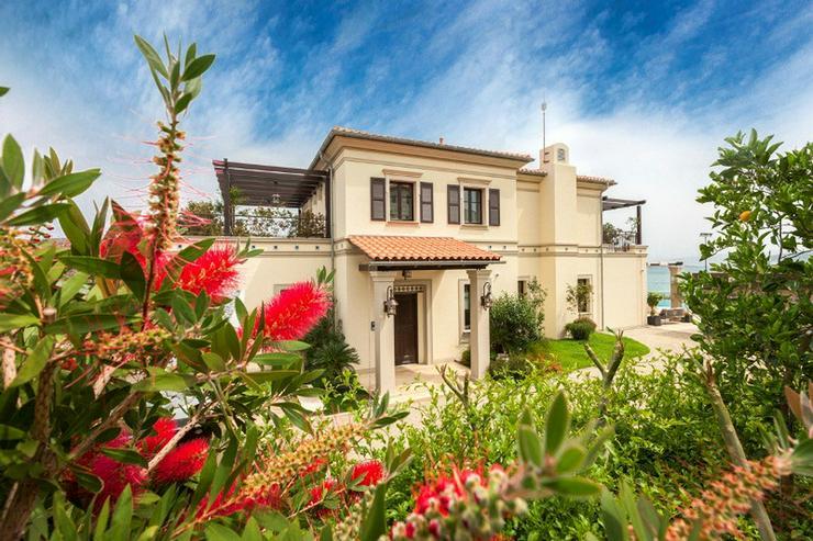 Luxuriöse und moderne Villa in Griechenland