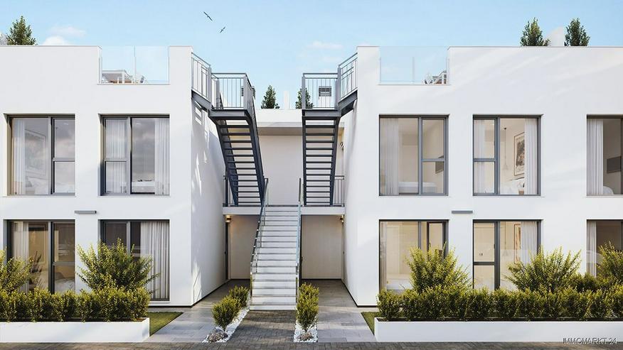 Bild 3: Komfortable Erdgeschoss-Wohnungen mit Gemeinschaftspool