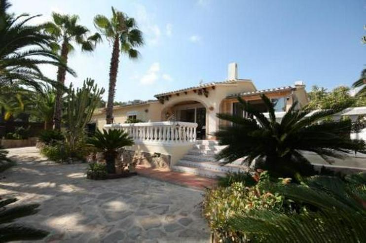 Villa mit Pool und Whirlpool in La Sella