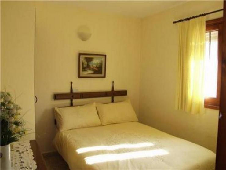 Bild 6: Kleine Landhaus-Villa am Rande von Orba