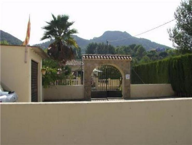 Bild 10: Kleine Landhaus-Villa am Rande von Orba