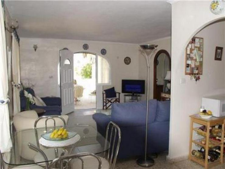 Bild 3: Kleine Landhaus-Villa am Rande von Orba