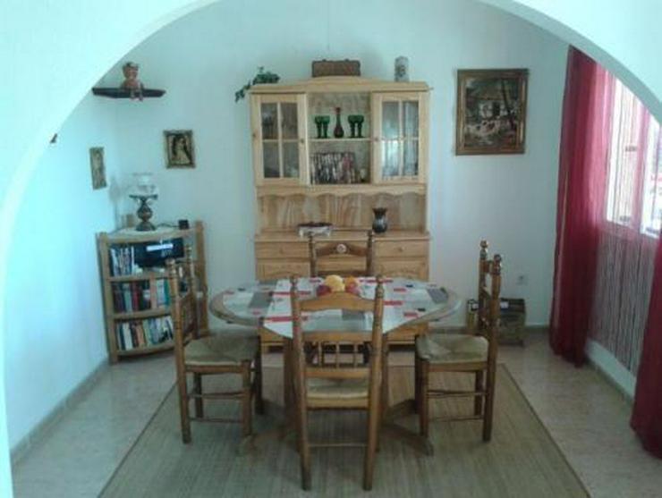 Bild 7: Sehr schöne Villa mit Privatpool und großem Keller