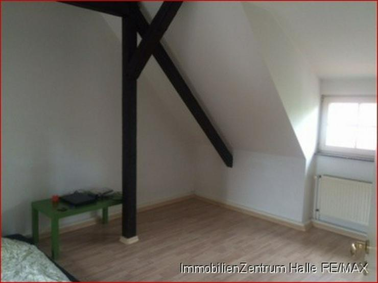 Bild 2: TOP! Kuschelige 2-Raum Dachgeschosswohnung zwischen Giebichenstein/ Paulusviertel !!!