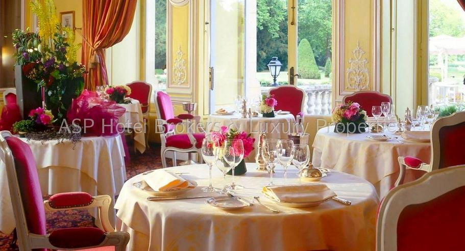 Bild 3: Luxuriöses renoviertes 4-Sterne-Superior Schlosshotel in der Eiffel zu kaufen
