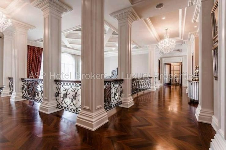 Bild 4: Luxuriöses renoviertes 4-Sterne-Superior Schlosshotel in der Eiffel zu kaufen