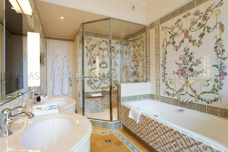 Bild 6: Luxuriöses renoviertes 4-Sterne-Superior Schlosshotel in der Eiffel zu kaufen