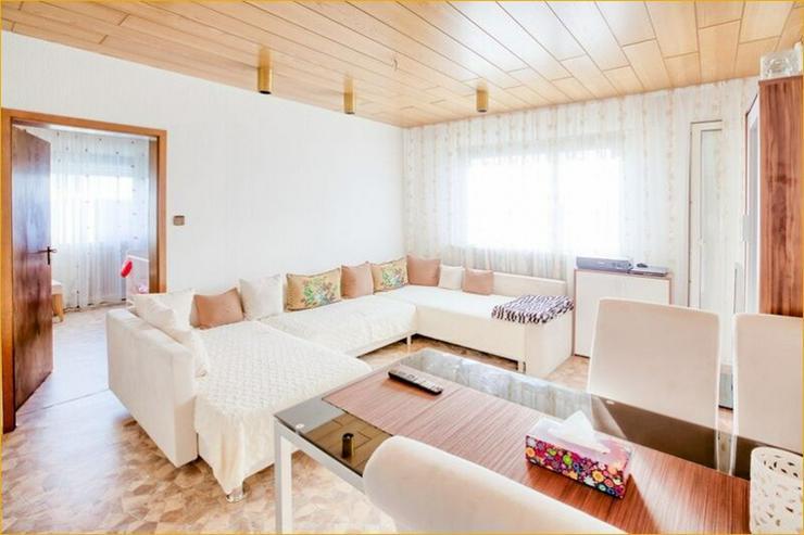 Bild 2: S-Mönchfeld: 3-Zimmer-Wohnung + Balkon + Stellplatz