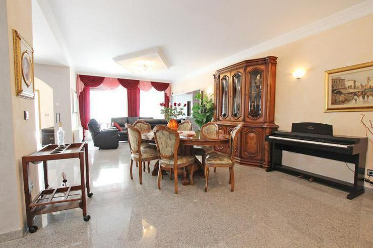 Bild 3: Für höchste Ansprüche - Designer-EG-Wohnung mit großzügiger Terrasse in begehrter Lag...
