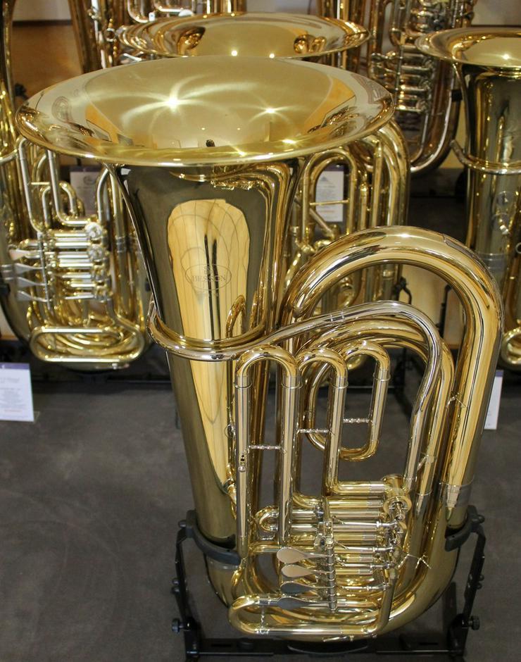 Bild 6: Besson BBb - Tuba mit 4 Zylinder - Drehventilen