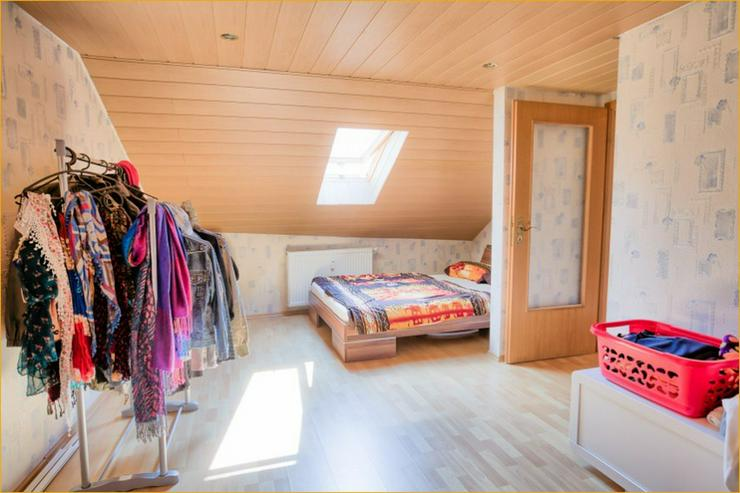 Bild 6: Großzügige 7 Zimmerwohnung auf zwei Ebenen im Herzen von Bad Urach