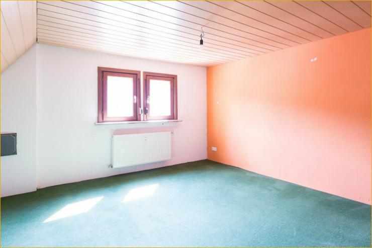 Bild 5: Großzügige 7 Zimmerwohnung auf zwei Ebenen im Herzen von Bad Urach