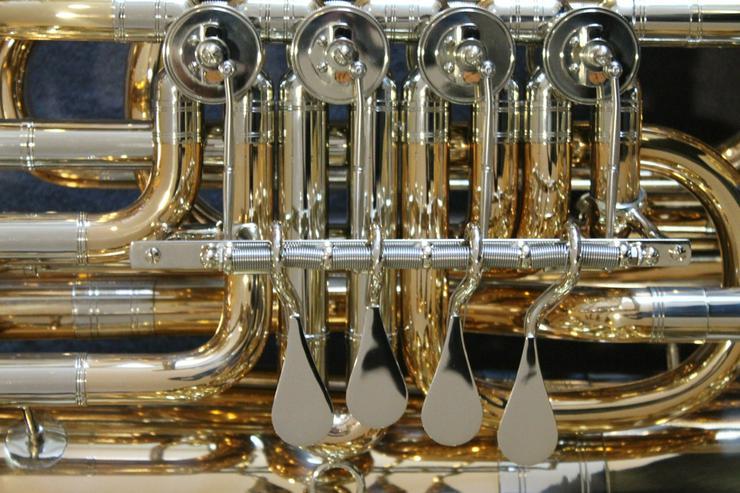 Bild 4: Miraphone 496 Hagen 5/4 B Tuba aus Goldmessing