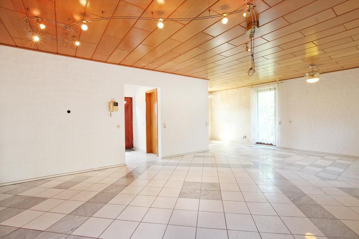 Bild 3: Wohlfühlen garantiert - attraktive Doppelhaushälfte mit Doppelgarage in zentrumsnaher La...