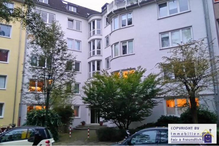 *ATMEN SIE AUF- und geniessen die Großzügigkeit in der Belle Etage, feinste Lage in D- Z...