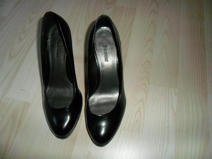 Bild 6: High Heels ,Stiefel,Sportschuhe