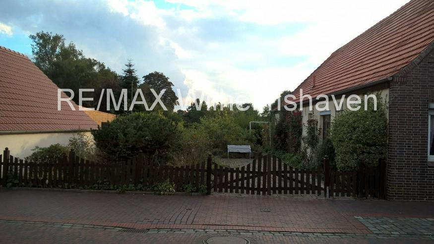Bild 3: Sanierungsbedürftiges EFH in Neustadtgödens