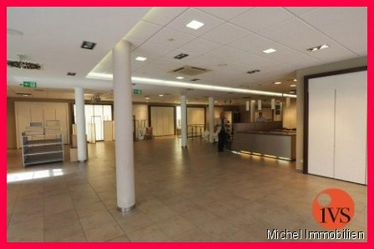 Bild 3: ** 1A-Lage ** Hochwertig ausgestattete Verkaufsflächen am Waisenhausplatz!