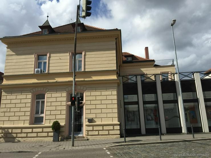 Bild 2: Geschäfts-/Einzelhandelsfläche im Zentrum von Schwabach mit großen Schaufenstern