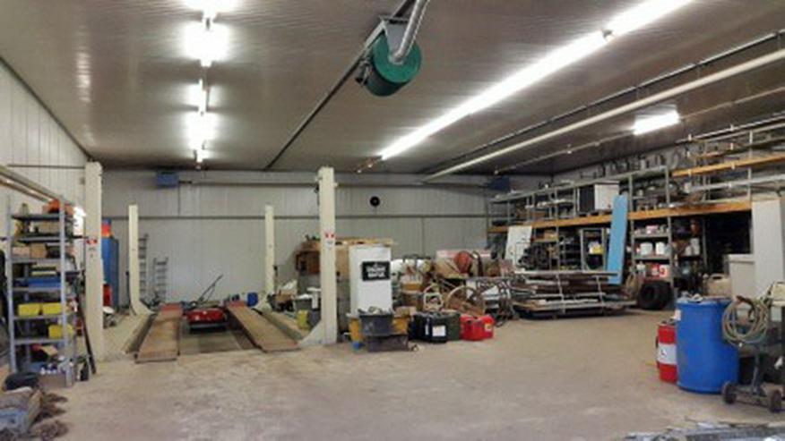 Gut isolierte Lager und Produktionshalle Halle im Gewerbegebiet - Gewerbeimmobilie mieten - Bild 1