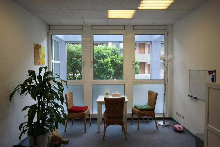 Bild 6: Moderne Büro-/ Praxisflächen mitten in Feuerbach - Ärzte willkommen. 2 Stellplätze, Au...