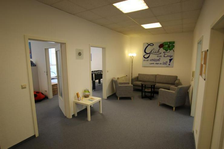 Bild 4: Moderne Büro-/ Praxisflächen mitten in Feuerbach - Ärzte willkommen. 2 Stellplätze, Au...