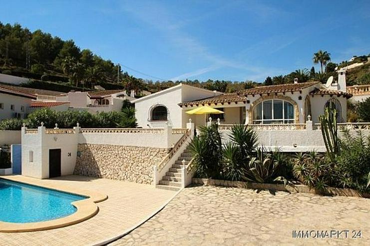 Bild 2: Gepflegte Villa mit Pool und Panoramablick