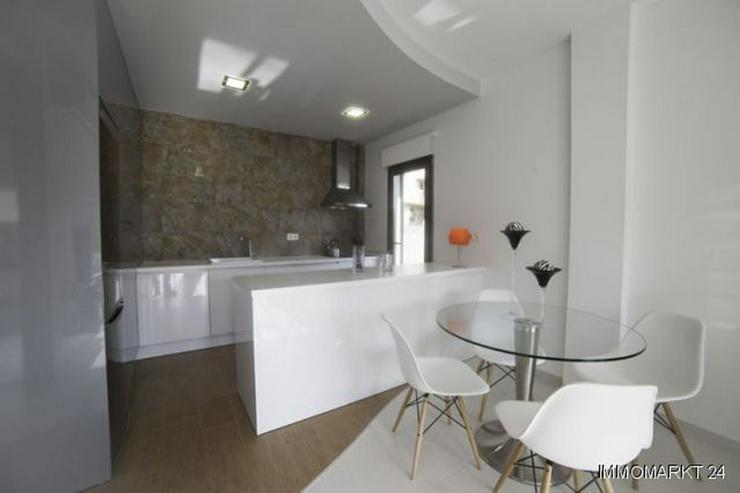 Bild 4: Moderne 3-Schlafzimmer-Villen nur ca. 1 km vom Strand